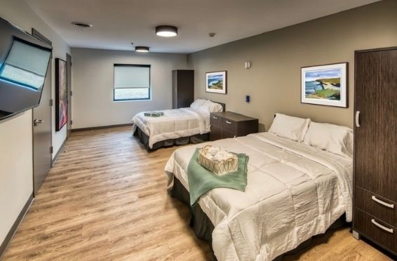 bedroom at innovo detox - Best detox for drugs and alcohol